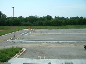 BTCC Temple-Parking Lot-1 (7-21-05)